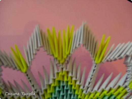 Для создания такой тарелки мне потребовалось: 1679 модулей: 636 белых, 536 голубых, 507 жёлтых. фото 22