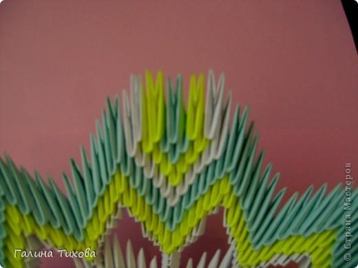 Для создания такой тарелки мне потребовалось: 1679 модулей: 636 белых, 536 голубых, 507 жёлтых. фото 29