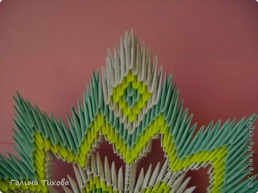 Для создания такой тарелки мне потребовалось: 1679 модулей: 636 белых, 536 голубых, 507 жёлтых. фото 31