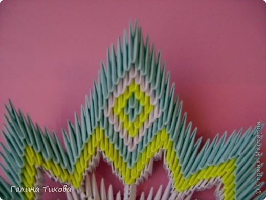 Для создания такой тарелки мне потребовалось: 1679 модулей: 636 белых, 536 голубых, 507 жёлтых. фото 32