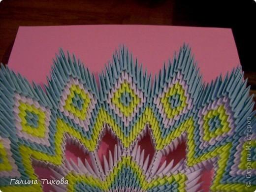Для создания такой тарелки мне потребовалось: 1679 модулей: 636 белых, 536 голубых, 507 жёлтых. фото 33
