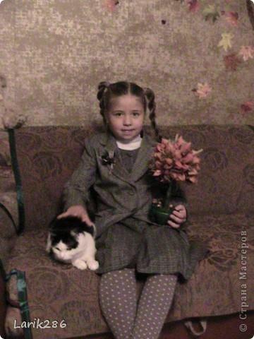 Моя девочка. Делали поделку для праздника осени. Сказали принести икебану. Мы с дочей сделали дерево. Решила выставить фотки. фото 1