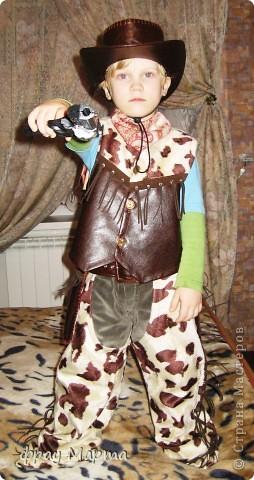 Отважный пират! Этот костюм шился в 2010 году для сына знакомой на садиковский утренник. Позднее костюм был доработан и дополнен новыми деталями. Думаю это уже окончательный вариант. фото 13