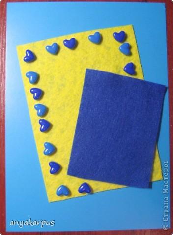 Когда дочурка (ей 9 лет) увидела как я делаю свою открытку по скетчу http://stranamasterov.ru/node/168990, то тоже захотела принять участие в конкурсе. И вот представляем результат (уж очень дочке по душе шитье по фелту): фото 3