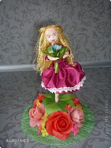 вот она моя первая кукла.....ох и намучилась я с ней...хотела слепить фею,но крылья как-то не смотрелись)))) фото 1