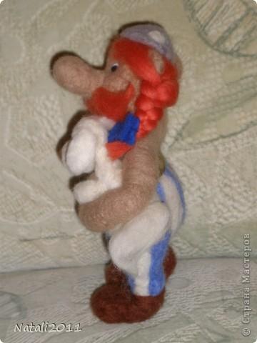 Вот такой вот задумчивый и стройный Обеликс у меня получился, со своим маленьким другом. фото 4