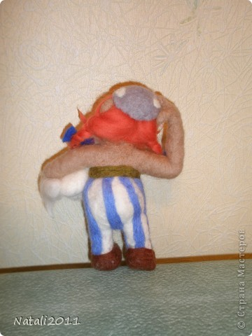 Вот такой вот задумчивый и стройный Обеликс у меня получился, со своим маленьким другом. фото 3