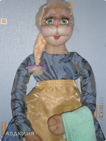 Давно лежала голова кошки , она не очень это я еще училась, а выбрасывать жалко вот и сделала пакетницу! фото 2