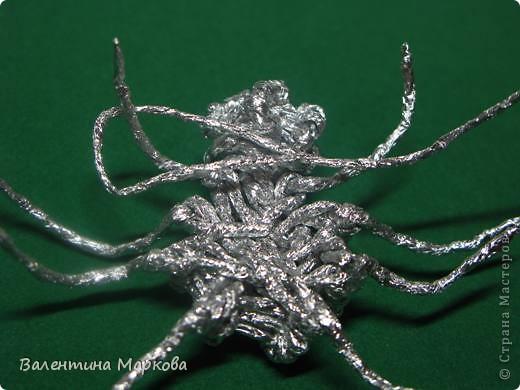 Мастер-класс Поделка изделие Плетение Паучок в серебряной паутине  мастер-класс по просьбе Фольга фото 20