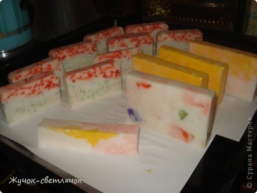 Мыло из детского с цветными вставочками. фото 1