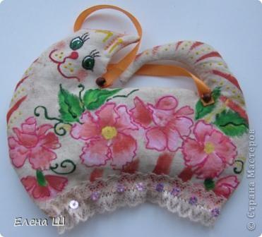 Вот такие красотки появились у меня перед праздником. Идея взята вот здесь http://podarki.gallery.ru/watch?ph=3Wk-bMYnz   фото 4