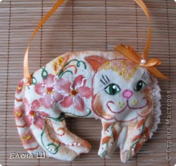 Вот такие красотки появились у меня перед праздником. Идея взята вот здесь http://podarki.gallery.ru/watch?ph=3Wk-bMYnz   фото 5