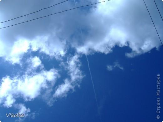 """Люблю смотреть на облака! Всегда засматриваюсь на них, не думая о том, что так можно и упасть :-))! И если есть возможность - фотографирую. А возможность есть в основном на даче. Приглашаю всех, небезразличных к """"небесным странникам"""", на мою страничку! фото 9"""