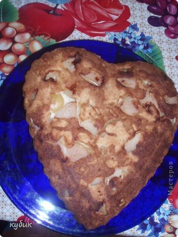 Когда хочется чего то вкусненького или неожиданно пришли гости , этот пирог то что надо готовится очень быстро и вкусный:))))))))))  фото 2