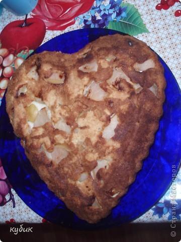 Когда хочется чего то вкусненького или неожиданно пришли гости , этот пирог то что надо готовится очень быстро и вкусный:))))))))))  фото 1