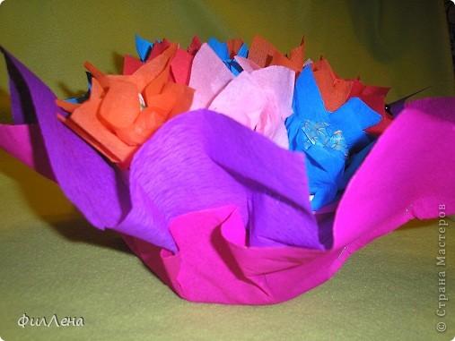 Не успевая испечь торт на день рождения племяннице, решила позаимствовать идею конфетного букетика на сайте. фото 13