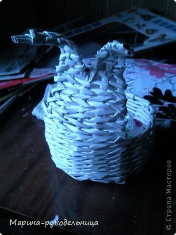 Мой пасхальный кролик смотрит лицом в корзинку, а мы будем делать лицом от корзинки, вообщем, вариантов много. фото 7