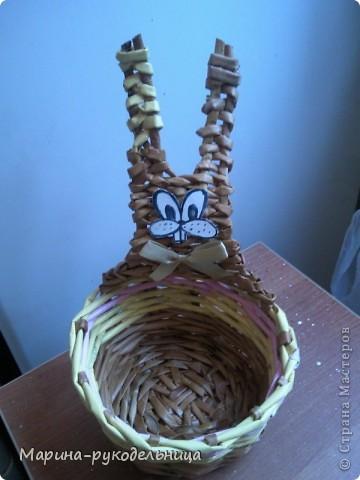 Мой пасхальный кролик смотрит лицом в корзинку, а мы будем делать лицом от корзинки, вообщем, вариантов много. фото 1