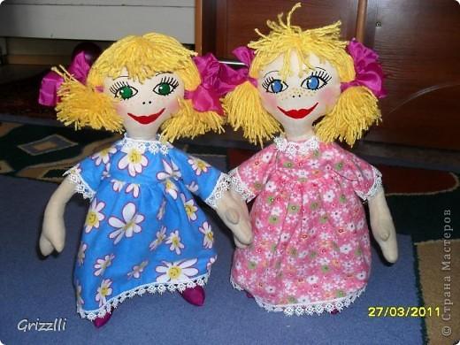 Мои повторюшки для дочек (мой первый опыт шитья тряпичной куклы с тонировкой (кофе, корица, ванилин)) фото 1