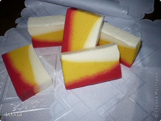 Эти мылки из детского мыла-перевар. Моя первая проба в 2-х цветах. фото 5