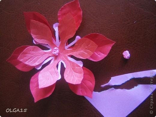 Фон выполнен на акварельной бумаге, цветы тоже подкрашены акварелью. фото 20