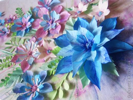 Фон выполнен на акварельной бумаге, цветы тоже подкрашены акварелью. фото 4
