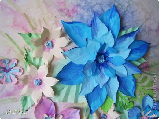 Фон выполнен на акварельной бумаге, цветы тоже подкрашены акварелью. фото 5