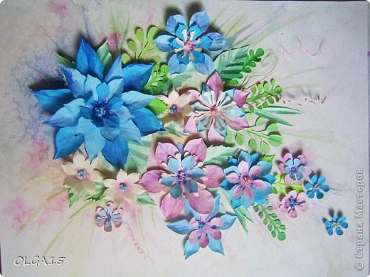 Фон выполнен на акварельной бумаге, цветы тоже подкрашены акварелью. фото 9