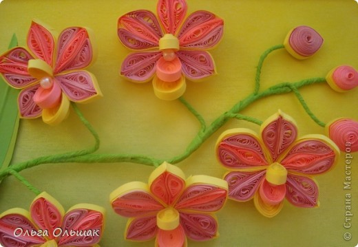 Картина панно рисунок День рождения Квиллинг Орхидеи Бумага Бумага гофрированная Бумажные полосы Бусины Пастель Проволока фото 3
