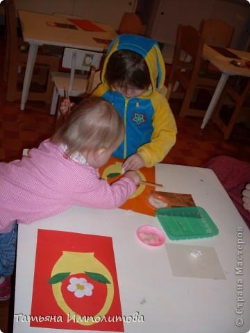 """Клуб """"Капелька"""" организован для детей с одного года до трёх лет.Мы ходим на занятия уже второй год,в этом году София (3,3)захотела приобщить и свою младшую сестрёнку Варюшу(1,6) фото 5"""