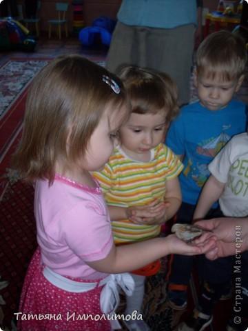 """Клуб """"Капелька"""" организован для детей с одного года до трёх лет.Мы ходим на занятия уже второй год,в этом году София (3,3)захотела приобщить и свою младшую сестрёнку Варюшу(1,6) фото 18"""