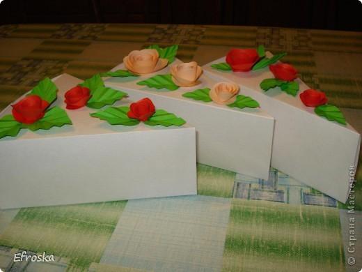 Эту коробочку делала на юбилей для любимого родственника. Мк по изготовлению самой коробочки здесь: http://mu-ha.blogspot.com/2009/09/blog-post_11.html фото 7