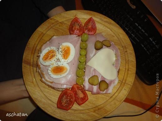 Немецкий ужин -Абендброт. (Дословно -вечерний хлеб) Муж приподнес. Может у кого-то возникнет желание поужинать в немецком стиле: просто и без особых хлопот