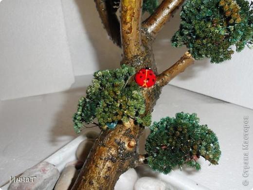 Видела где-то в интернете подобное дерево, по-моему даже здесь,в СМ, но сейчас не нашла .  Может автор удалил, а может я ошибаюсь с сайтом.  Но мне понравилось, и я решила сделать тоже.  фото 6