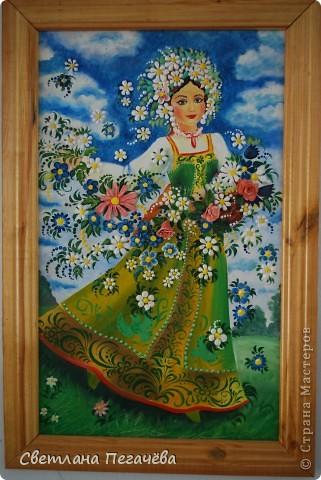 """Работа написана маслом старшими ребятами, а цветы из глины и гипса делали младшие ребята. Я помогала расписывать сара фанчик и рисовать лицо у Весны. Работа так и называется """"Весна"""" фото 1"""