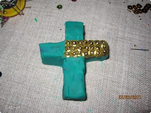 Такой крестик делается легко и быстро! фото 11
