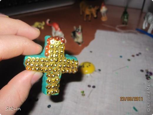 Такой крестик делается легко и быстро! фото 15