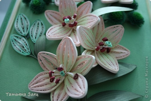 Лилии и хризантемы. Лилии сделаны по мастер-классу Пылинки. Спасибо за опыт.  фото 4