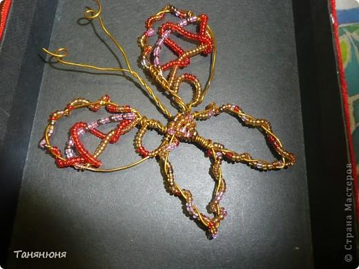 Я брала бисер четырех цветов: розовый, красный, темно-коричневый и  золотой фото 3
