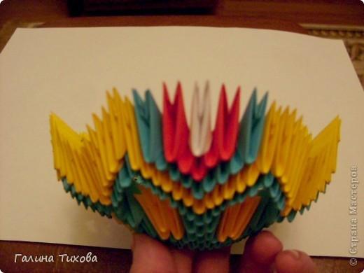 Для создания такой жар-птицы мне потребовлось:1225 модулей (772 голубых, 345 жёлтых, 96 красных, 11 белых и 1 чёрный) фото 20