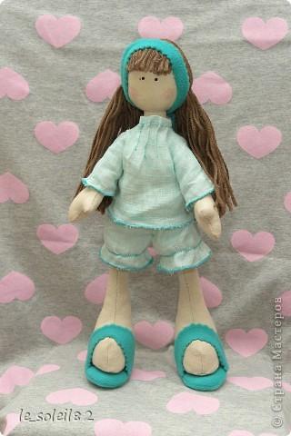 Сшила для дочи куколку в стиле Тильда. Но все общим голосованием назвали куколку Матильда.  фото 1