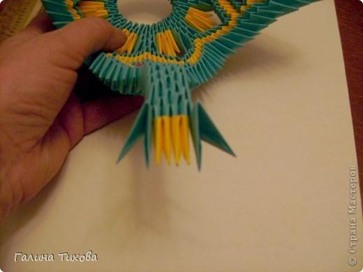 Для создания такой жар-птицы мне потребовлось:1225 модулей (772 голубых, 345 жёлтых, 96 красных, 11 белых и 1 чёрный) фото 42
