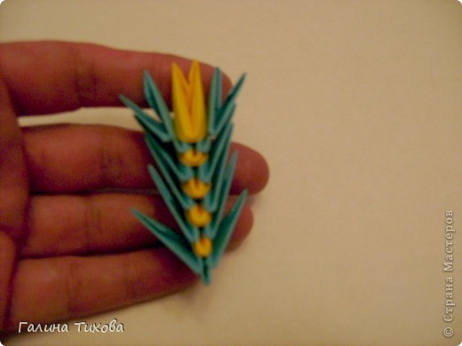 Для создания такой жар-птицы мне потребовлось:1225 модулей (772 голубых, 345 жёлтых, 96 красных, 11 белых и 1 чёрный) фото 50