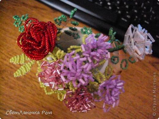 роза из бисера фото 6