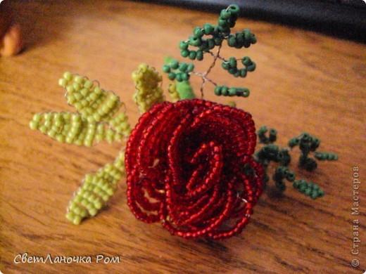 роза из бисера фото 7