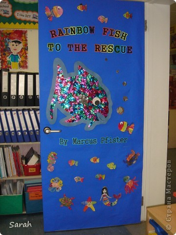 'We're Going on a Bear Hunt' story - one of my favourite stories. I wonder if there is a Russian translation of this book? This is our new book cover, the size of the classrom door. It took us 2-3 days to prepare the different parts of the display. фото 2