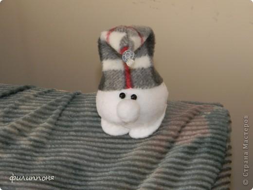 а вот таких Снежков сшила для мальчиков, которые проводили с нами праздники. фото 2