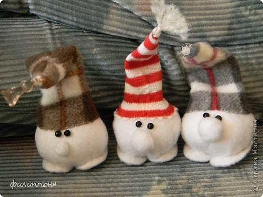 а вот таких Снежков сшила для мальчиков, которые проводили с нами праздники. фото 1