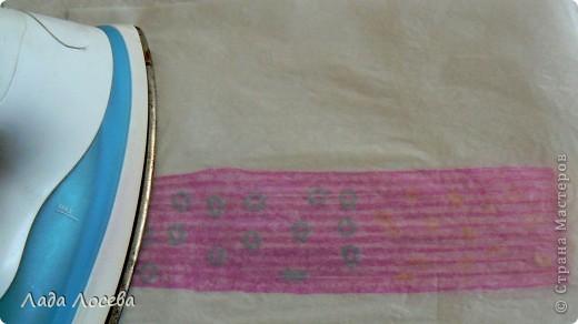 Картина из коктейльных трубочек, которые были проглажены через вощёную бумагу  фото 5
