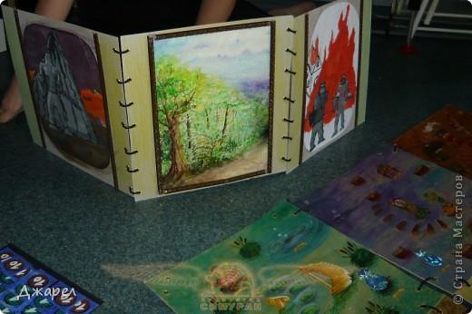 Основное поле игры состоит из 9 боков, которые легко меняются местами фото 2